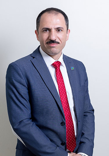 https://zulekhahospitals.com/uploads/doctor/Dr-Khaldoon-Abo-Dakka.jpg
