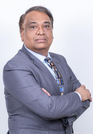 Dr.-Chetan-Prakash.jpg